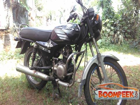 Bajaj Boxer 100 CC Motorcycle For Rent
