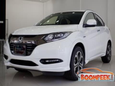 Honda Vezel RS SUV (Jeep) For Rent