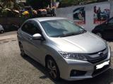 Honda Grace  Car For Rent.