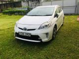 Toyota Prius ZVW30 Car For Rent
