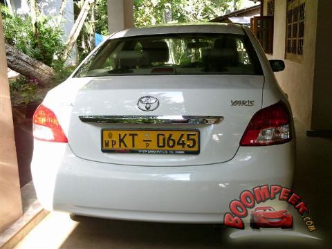 toyota yaris 1300cc car for sale in sri lanka - ad id = cs00003629