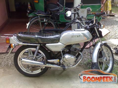 honda cb 125 cb125t motorcycle for sale in sri lanka ad id cs00009671 sri. Black Bedroom Furniture Sets. Home Design Ideas