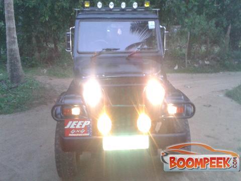 Mahindra Mahindra Maxi Truck Maxi Truck Lorry Truck For