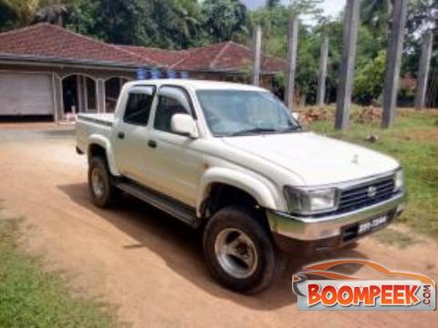 Toyota Hilux LN166 Cab (PickUp truck) For Sale In Sri Lanka