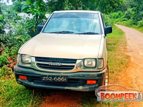 Isuzu Double cab Isuzu kb Cab (PickUp truck) For Sale In Sri